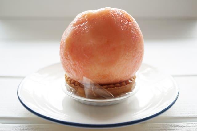 季節の引き菓子 桃のタルトケーキ
